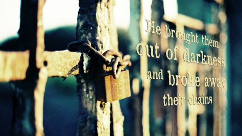 broke-chains-wallpaper_1366x768